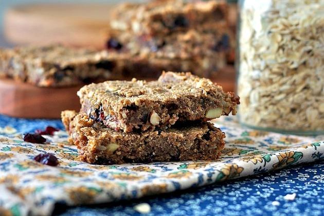 Blueberry-Pecan-Oatmeal-Bars-0571